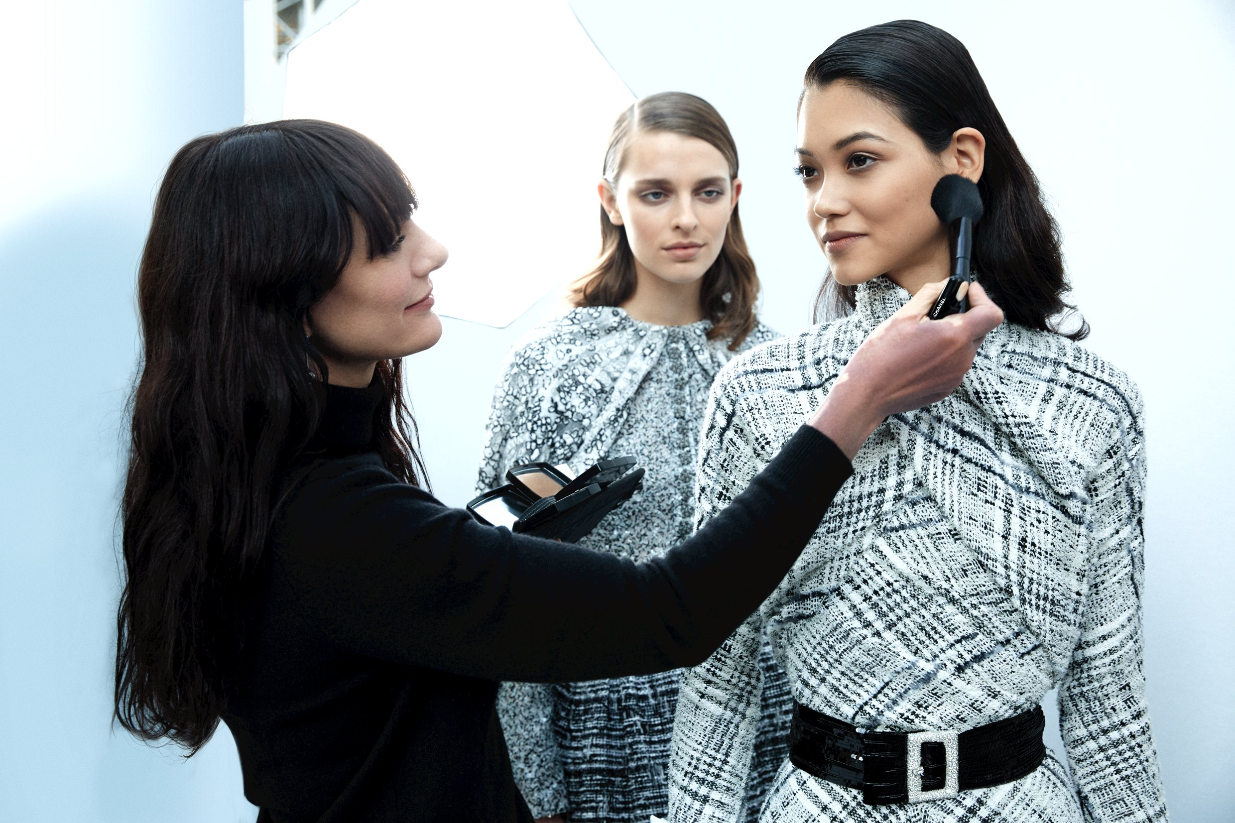 Lucia Pica nel backstage Chanel